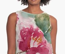 Sleeveless Top with Hibiscus pattern